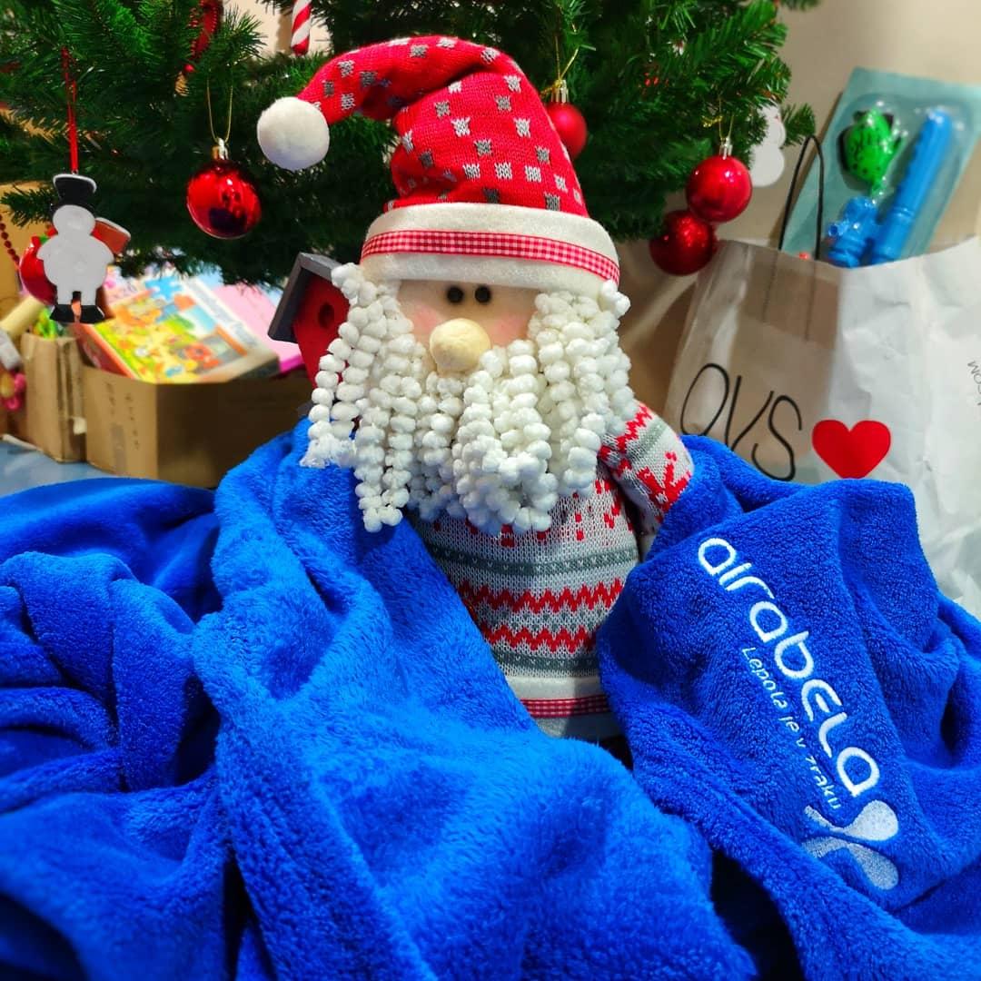 Donacija toplih odej Društvu prijateljev mladine Slovenije